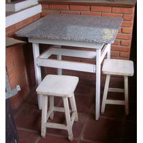Mesa Em Madeira Com Tampo Em Granito E 4 Banquetas