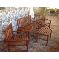 Conjunto Com 4 Peças: Namoradeira, 2 Cadeiras E Mesinha