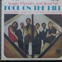 Sergio Mendes And Brasil `66 - Foll Compacto De Vinil Raro