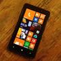 Celular Nokia Lumia 820 (carregador Universal)