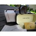 Óculos De Sol Louis Vuitton Marrom Brilhante Detalhe Dourado