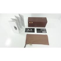 Kit Saquinho Microfibra + Caixa Marron Oakey Original