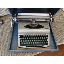 Máquina De Escrever Royal - C/ Caixa Original!