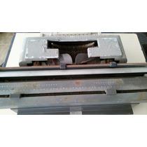 Máquina De Datilografar Antiga Olivetti Línea 98
