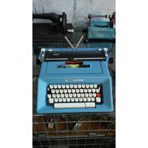 Máquina De Escrever Olivett Studio 46