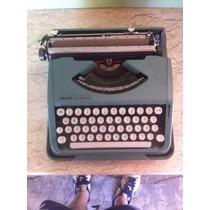 Máquina De Escrever Antiga Olivetti Lettera82 Cor Verde#1565