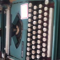 Maquinade Escrever Olivetti Lettera 82