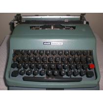 Máquina De Escrever Olivetti Lettera 32 Com Estojo