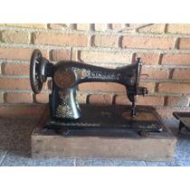 Máquina De Costura Singer Com Gabinete Caixa - Antigo
