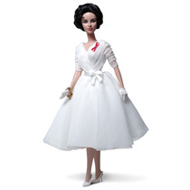 Barbie Silkstone Elizabeth Taylor White Diamonds 2012