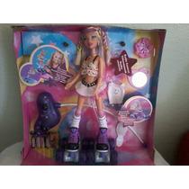 Barbie Roller Girls Patinadora Com Controle Remoto