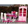 Sala De Jantar + Cristaleira P/ Boneca Barbie * Mesa Pratos