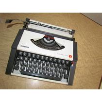 Máquina Escrever Portátil Olympia Traveller De Luxe - Ano 79