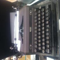 Maquina De Escrever Royal