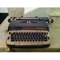 Maquina De Escrever Elétrica Antiga Funcionando