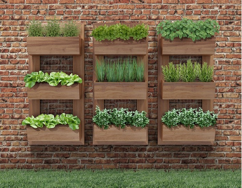 mini jardim de temperos:Wall Planters Made with Pallets