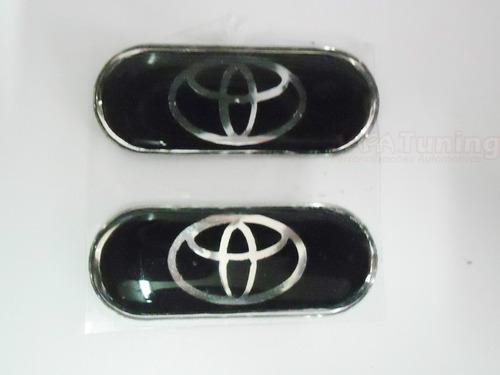 Par De Emblema Resinado Coluna Blackout Toyota