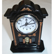 Relógio De Mesa Com Pendulo Detalhado Art House No Leilao *