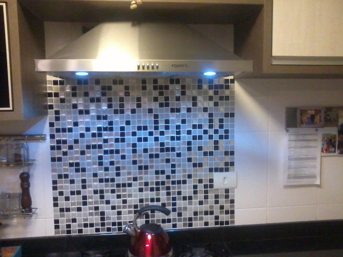 Pastilha Adesiva Resinada Placa 30x30cm Adesivo Banheiro  R$ 29,99 no Mercad -> Banheiro Com Pastilha Resinada Adesiva