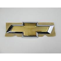 Emblema Gravata Dourada Tampa Traseira Celta 2012 / 2016