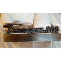 Dodge Tradesman 300 Emblema. Camionete Antiga.