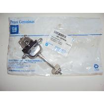 Gm Celta Prisma Limitador Articulação Abertura Porta Diant.