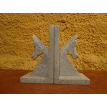 Antigo Aparador Para Livros Em Pedra - R 0124