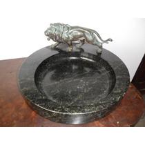 Antigo Porta Cartão Em Pedra Com Leão Em Bronze