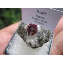 Rubi Na Matriz - Mineral Para Coleção
