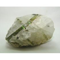 379.1 Cts Turmalina Verde Na Matriz De Quartzo Cristal