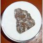 Anidrita No Basalto Mineral Bruto De Coleção