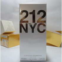 Perfume 212 Nyc Fem 100ml Carolina Herrera - Original
