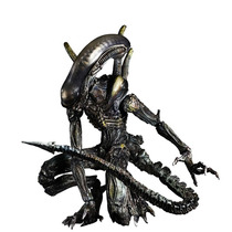 Aliens: Colonial Marines Lurker Play Arts Kai Action Figure