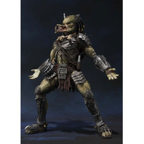 Predator Wolf - Predador Vs Alien - Bandai S H Monsters Arts