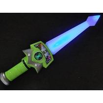 Espada Sonora Ben 10 Som E Luz Piscante Alien Force 37 Cm.