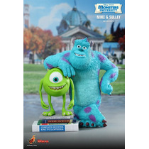 Boneco Hot Toys Monstros S.a. Mike & Sulley Disney Desenho