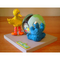 Estatueta Com Relógio Vila Sésamo Garibaldo Cookie Monster