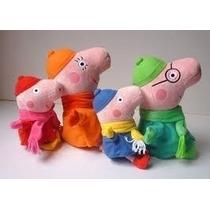 Família Peppa Pig Com Roupa De Inverno - A Pronta Entrega.
