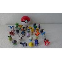 1 Pokebola + 12 Miniaturas De Pokemons R$ 59,99 + Frete