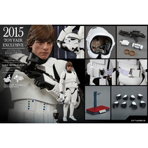 No Brasil Luke Skywalker Stormtrooper Star Wars - Hot Toys