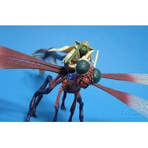Star Wars - Yoda - Fly Into Battle - Hasbro - Promoção