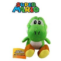Pelúcia Yoshi Super Mario Bros 15 Cm De Altura