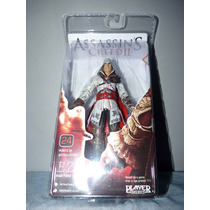 Boneco Ezio Master Assassin Neca Assassins Creed 2 Branco