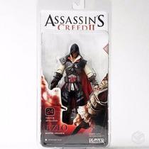 Boneco Ezio Master Assassin Neca Assassins Creed 2 Branco