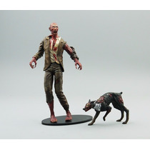 Action Figure Neca Resident Evil Zombie 18cm Frete Gratis