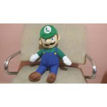 Boneco De Pelúcia Luigi Mario Bros 46 Cm