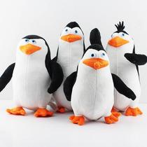 Kit Pelúcia Pinguins De Madagascar