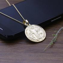 Medalha São Bento Clássica Cruz Grande Folheada Ouro 18k