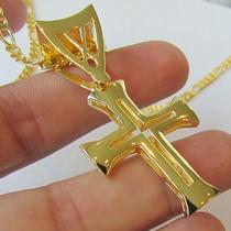 Cruz Pequena Modelo Centurião Romano Banho Ouro 18k