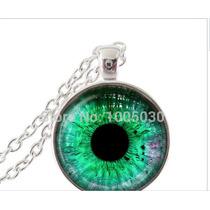Colar Com Pingente Olho De Dragão Verde Amuleto!!